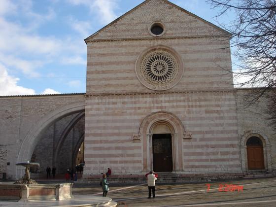 Photo:サンタ・キアーラ教会