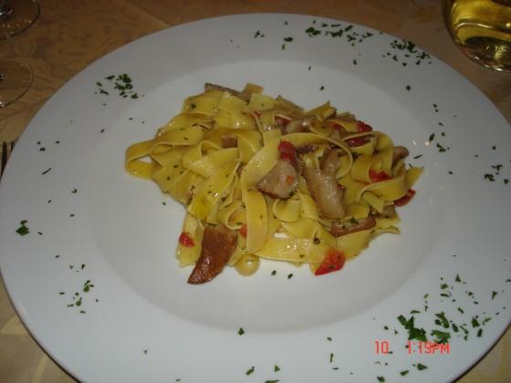 Photo:ヴォルテッラでのお昼ごはん
