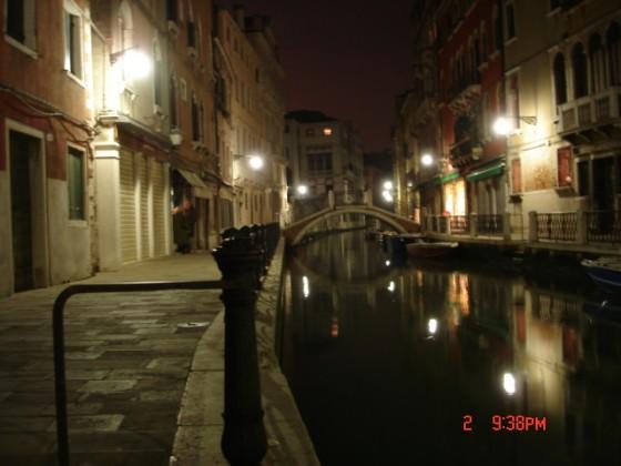 Photo:夜の小運河