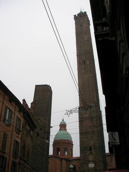 Photo:ボローニャの斜塔